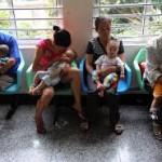 Связь между высокой степенью преуспевания и низким коэффициентом рождаемости