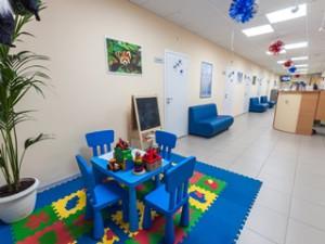 Первый детский медицинский центр: широкий спектр услуг для детей от рождения и до 18 лет