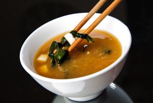 Мисо суп – что это за угощение и в чем его польза?