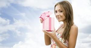 Что можно подарить девушке в возрасте 20-30 лет?
