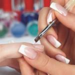 Наращивание ногтей – ухоженные ручки всегда в моде