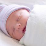 Как пеленать малыша: 3 проверенных способа