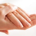 Правила ухода за сухой кожей рук