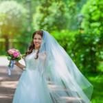 Каким критериям соответствуют профессиональный тамада для проведения свадьбы?