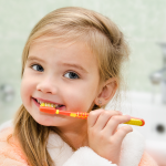 Правильные привычки для здоровья детских зубов