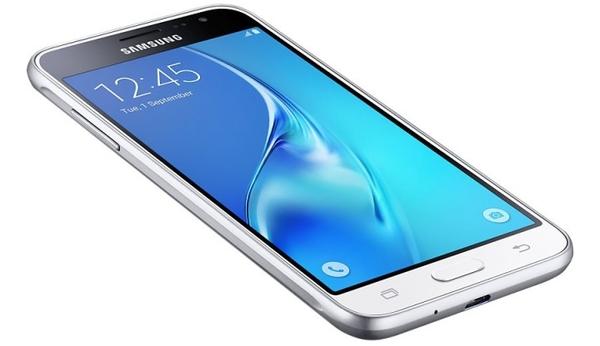 Телефон раскладушка Samsung - законодатель стиля