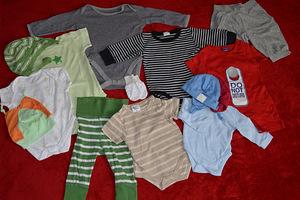 Покупаем одежду для новорожденных