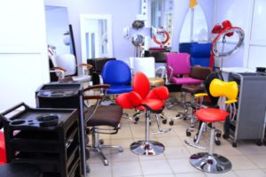 Оборудование для парикмахерской дешево