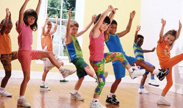 Для чего ребенку нужны танцы?