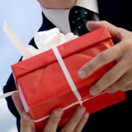Корпоративные подарки и сувениры - культура поздравления