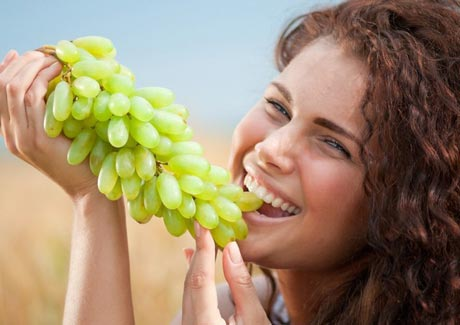 Виноград Дамские пальчики — аристократичный вкус и витаминная польза