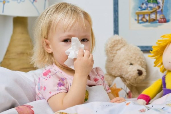 Как бороться с простудой у ребенка?