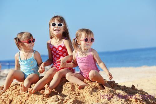Как выбрать пляжную одежду для детей?