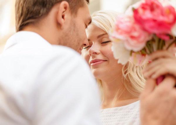 Что подарить жене на 8 марта: несколько беспроигрышных вариантов