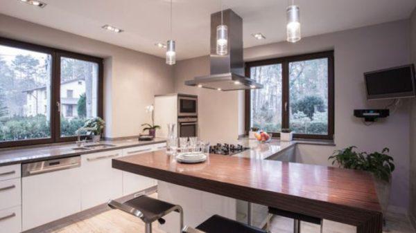 Как подобрать идеальную люстру или светильник для кухни?