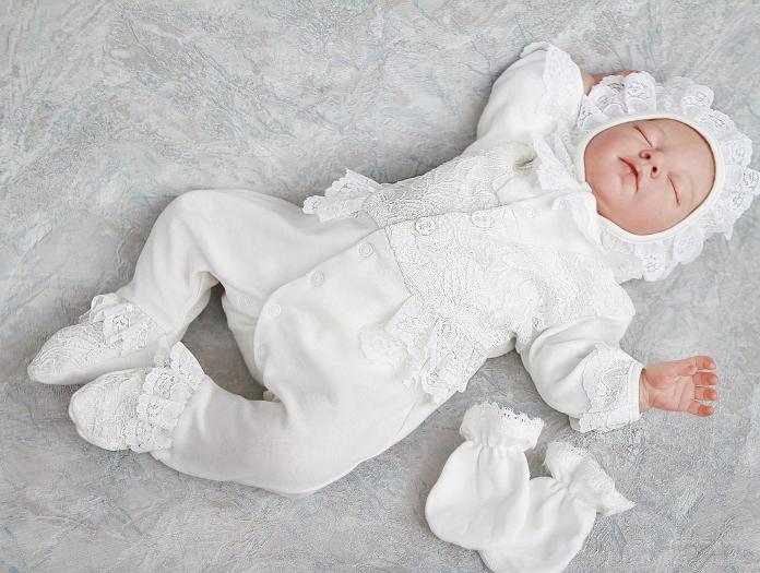 Экологичная и комфортная одежда на выписку для новорожденных