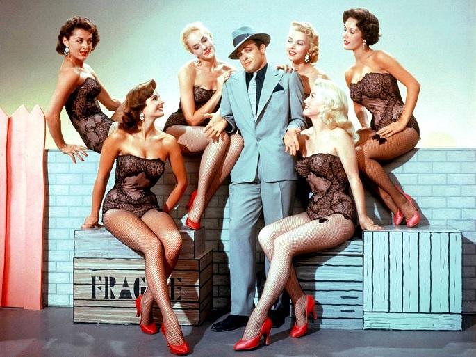 Модели поведения женщин, к которым тянет всех мужчин